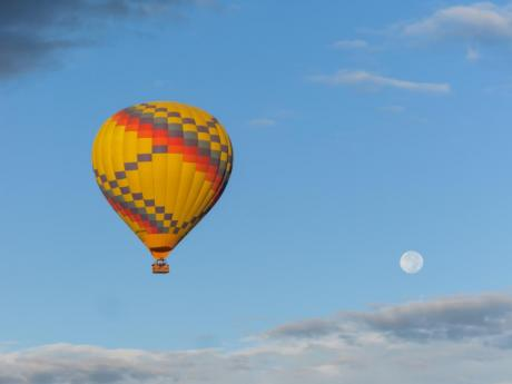 The Moon and The Balloon. (c) Tom Wells